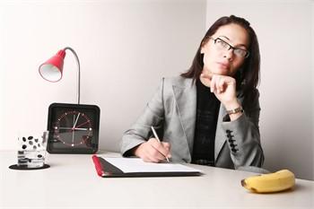 Jak napisać CV do pierwszej pracy